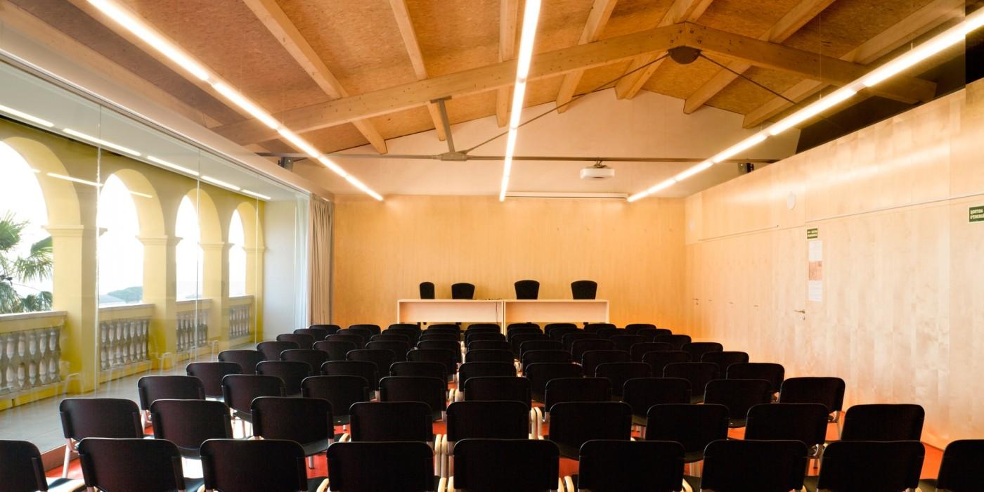 Sala polivalent centre cultural