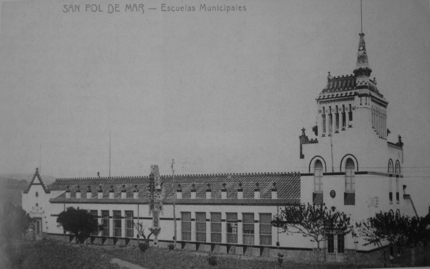 antigues escoles st. pol de mar