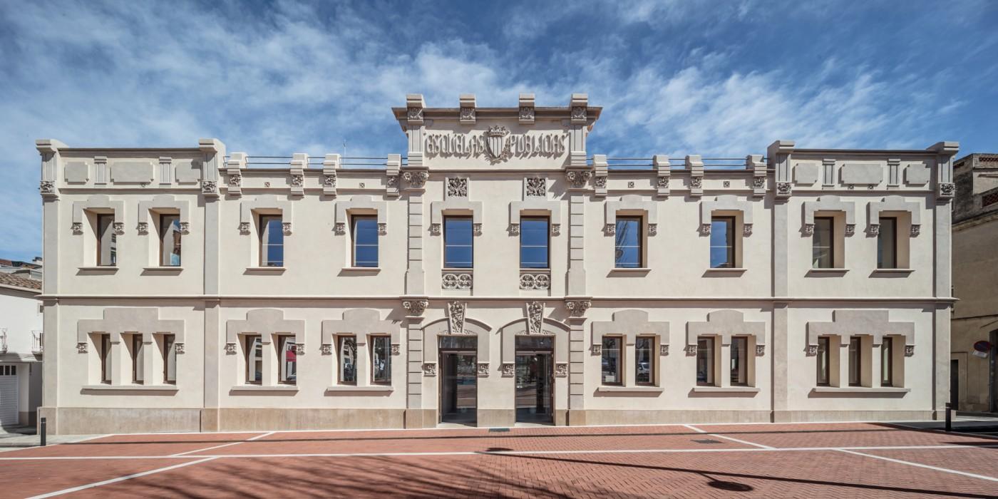 Rehabilitació edifici de les Antigues Escoles, Plaça Homenatge a la Vellesa