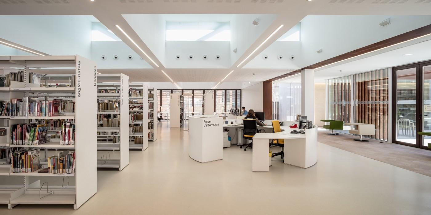 fons general, zona adults biblioteca